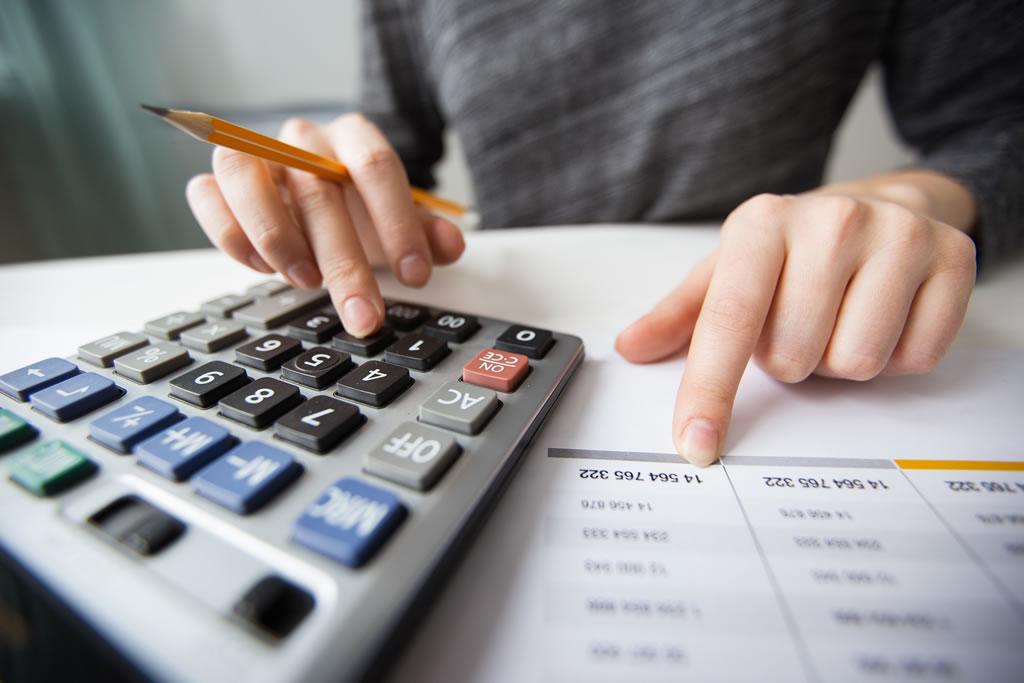 como-fazer-folha-de-pagamento-saiba-como-calcular